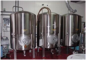 ナギサビール貯酒タンク